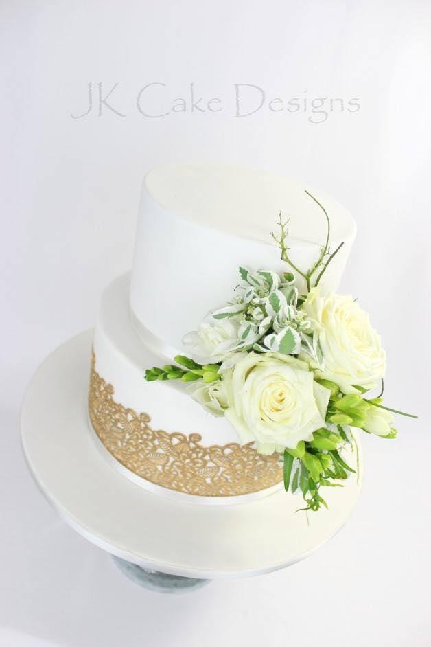 Gold Sugar Lace Fresh Flowers Jk Cake Designs